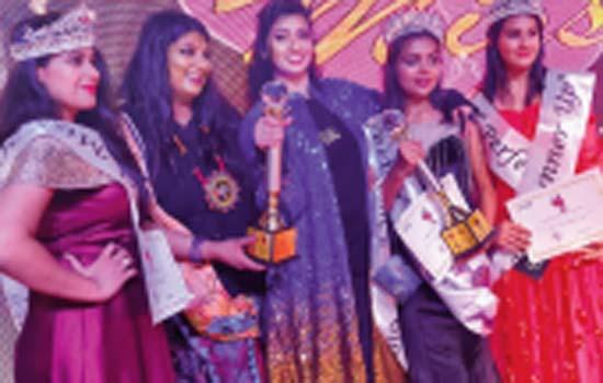 ET Rising Indian Anusha Srinivasan Iyer Wins Big At Perfect Achievers Award 2019