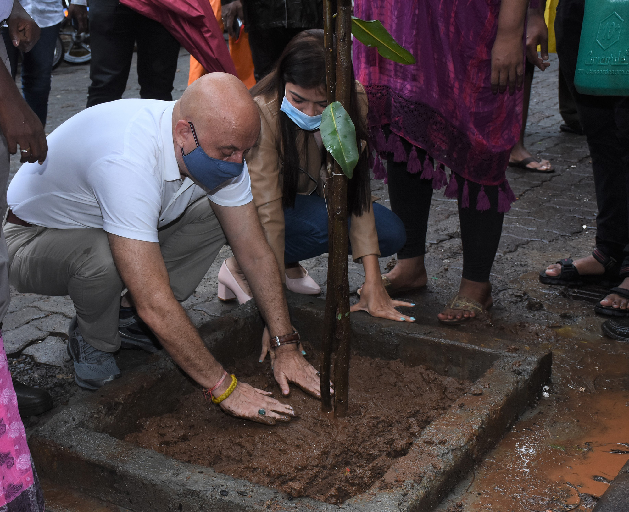 Anupam Kher joins BMC's 'Be A Tree Parent' MEGA Vriksha Campaign