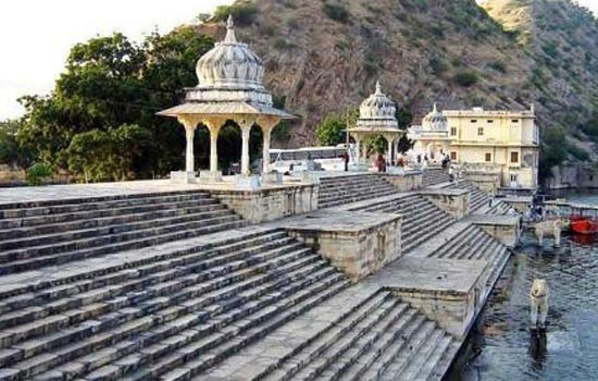 PICNIC SPOTS IN AND AROUND UDAIPUR