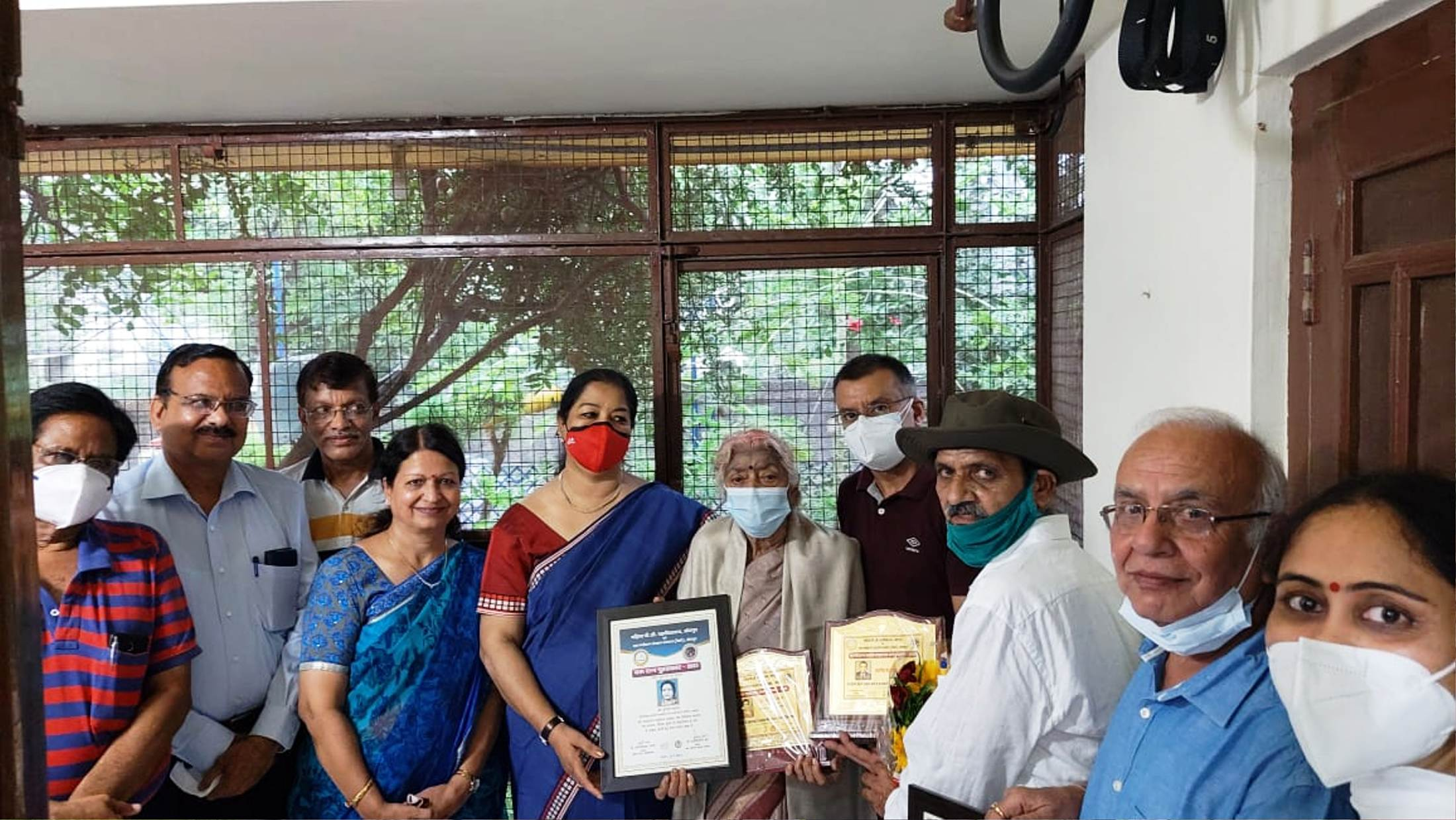 Prof. Indira Vyas was honored with Lifetime 'Maru Ratna.'