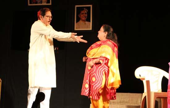 Padmashree Devilal Samar Memorial Drama Festival pulls crowd