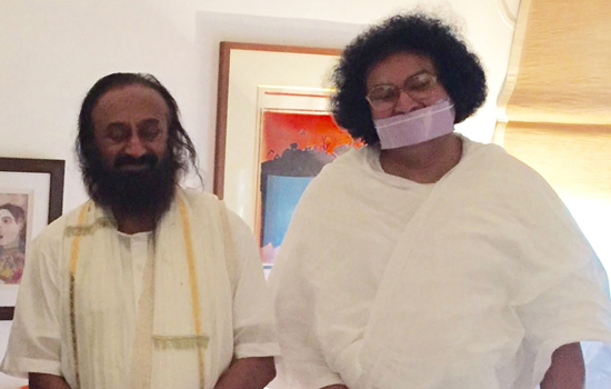 Acharya Lokesh & Sri Sri Ravi Shankar gets Bharat Gaurav Award at UNO