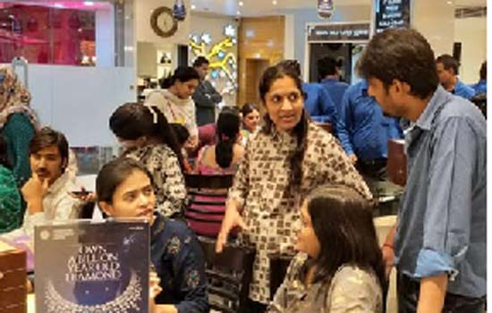 Pre-Shopping on Karwa Chouth at on Sojatia Jewellers
