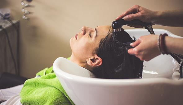 10 things your hairstylist wishes you knew