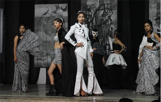 "Fashion Show ""Black & White Brigade @South Delhi Polytechnic"