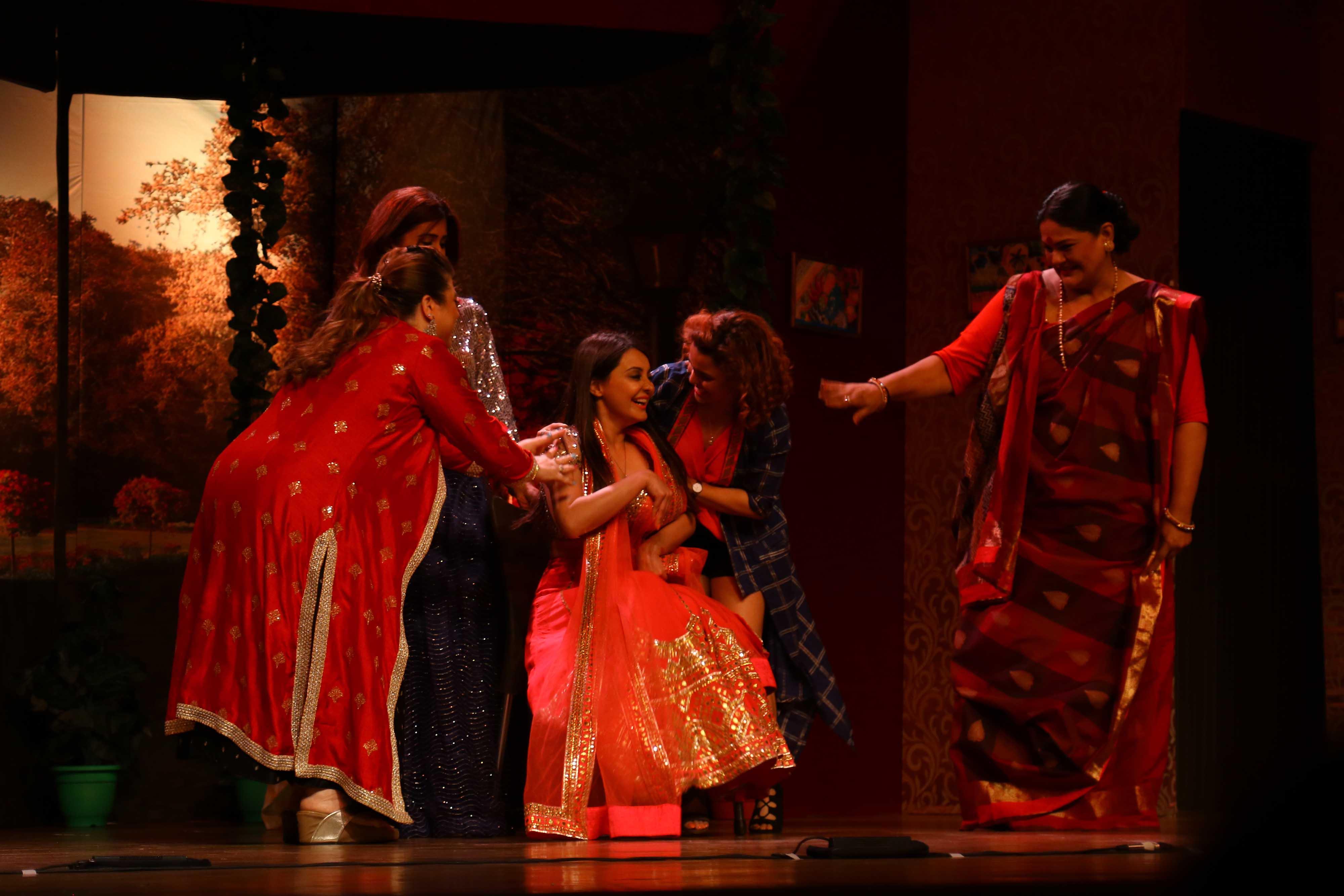 Hello Zindagi Mesmerizes Theatre Lovers in Mumbai !