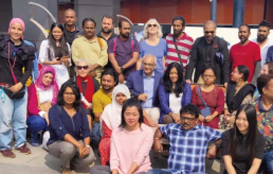 Confluence of 44 painters of India and abroad, sharing feelings on the canvas